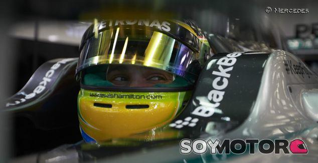 Hamilton no pudo trabajar en el coche en los test de Baréin - LAF1
