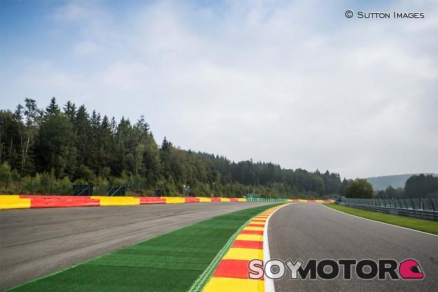 La FIA planea colocar más sensores para controlar el uso de los límites de pista - SoyMotor.com