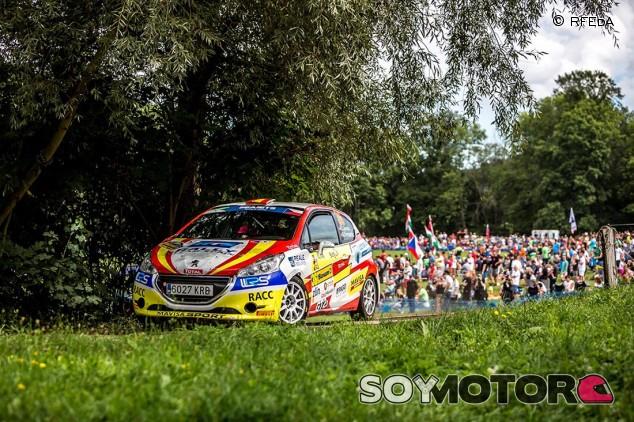 Efrén Llarena y Sara Fernández, campeones del ERC3 Júnior - SoyMotor.com