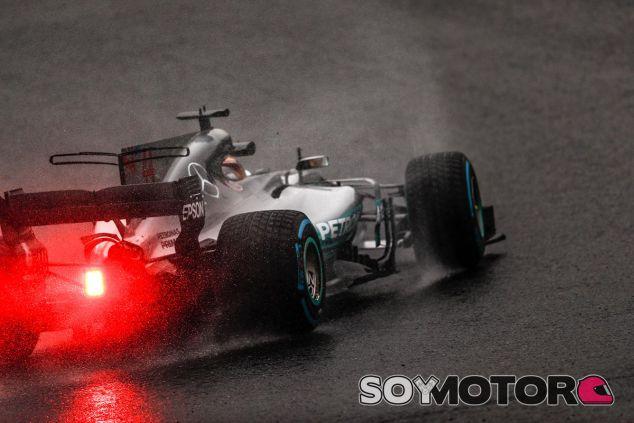 Hamilton, el más rápido en agua - SoyMotor