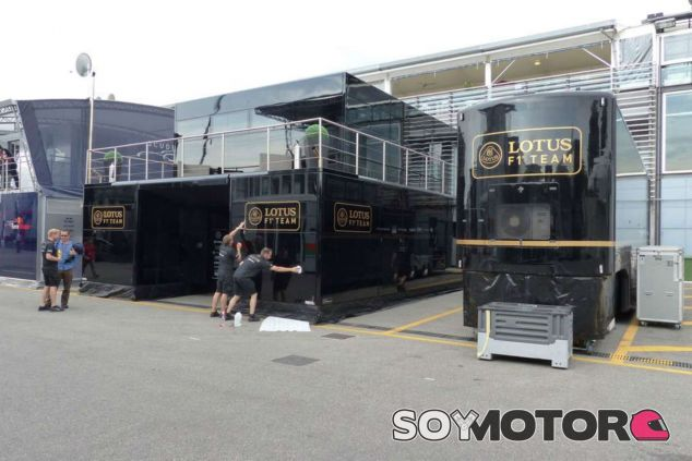 Los camiones de Lotus han llegado a Monza - LaF1