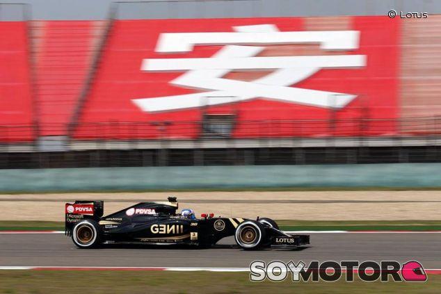 Palmer a los mandos del Lotus E23 en Shanghai - LaF1.es