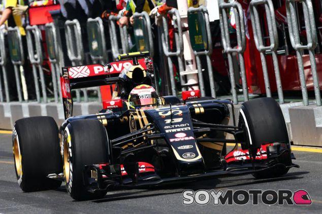 Pastor Maldonado subido al E23 en Australia - LaF1.es