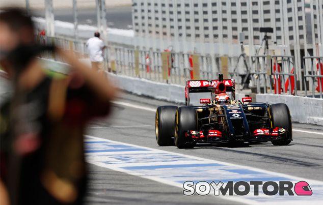 Pastor Maldonado en los tests de Barcelona - LaF1