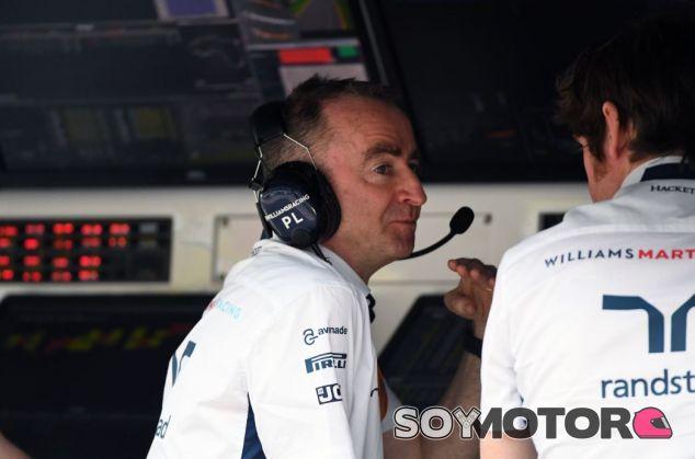 Lowe en el muro de boxes - SoyMotor.com