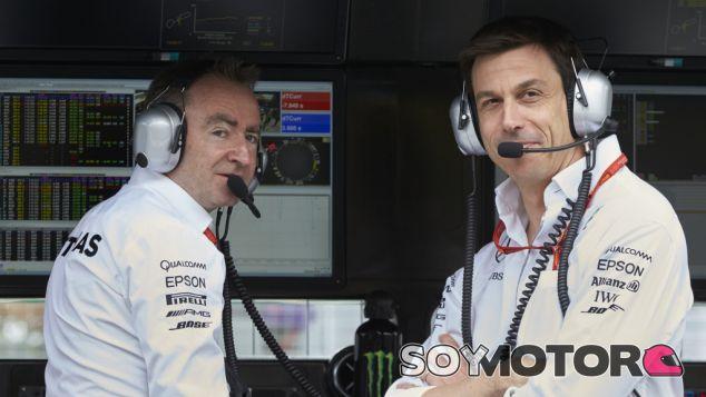 Lowe y Wolff durante un GP esta temporada - LaF1