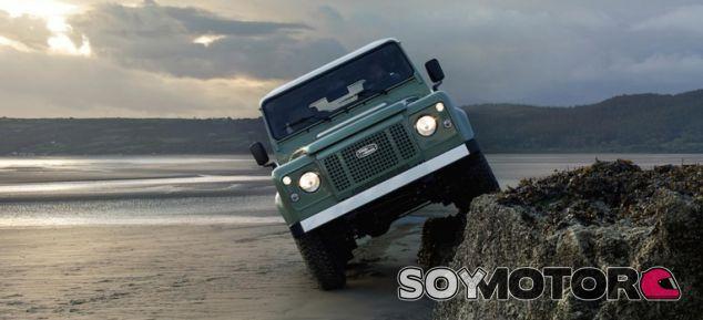 Land Rover Defender Heritage 2015, edición especial con la estética del orginal -SoyMotor