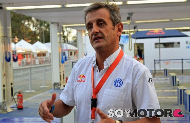 Luis Moya durante un evento con Volkswagen y RedBull  -SoyMotor.com