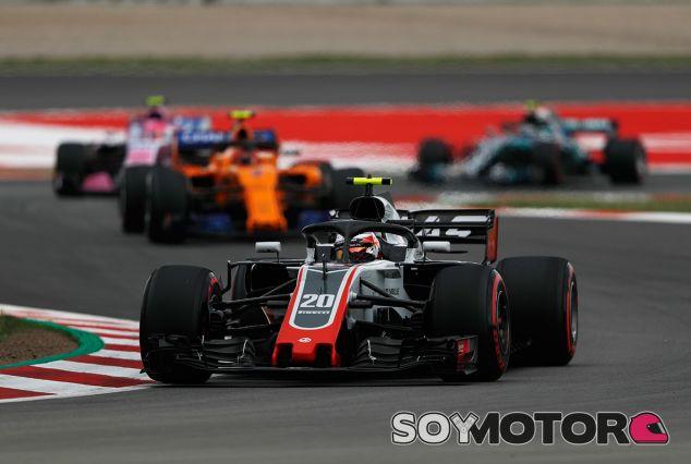 Kevin Magnussen en Barcelona - SoyMotor.com