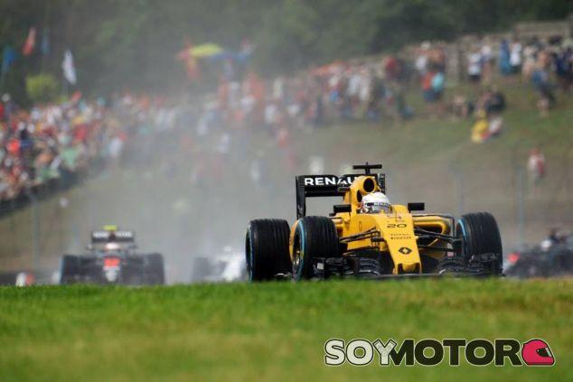 Magnussen y Palmer se quedaron en la Q1 - LaF1