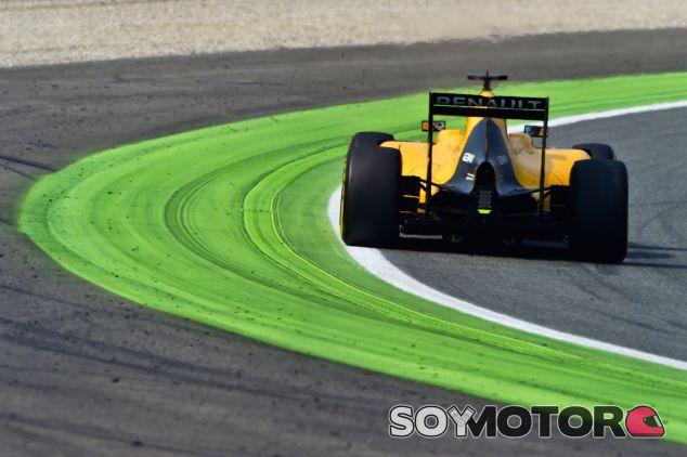 Magnussen sufrió con su Renault en Monza - LaF1