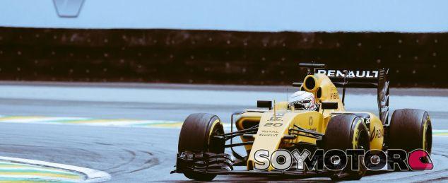 Magnussen durante un GP esta temporada - SoyMotor