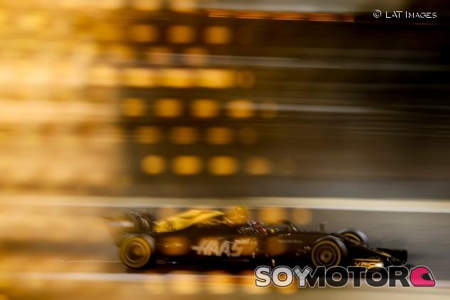 """Steiner sobre el rendimiento de Haas: """"Estoy asombrado, no molesto"""" – SoyMotor.com"""