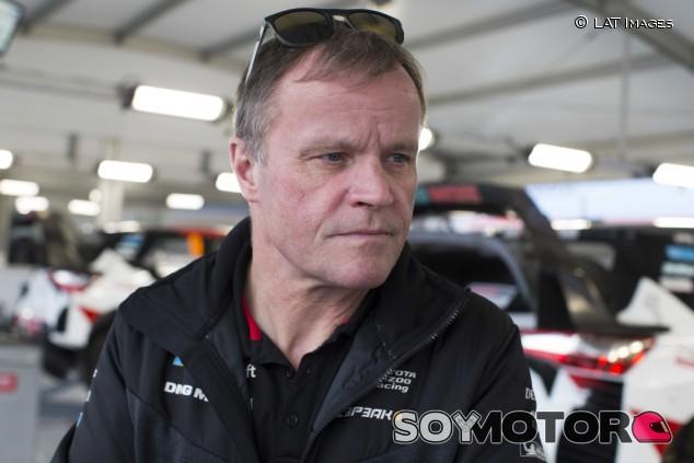 Tommi Mäkinen será asesor de Toyota en competición a partir de 2021 - SoyMotor.com