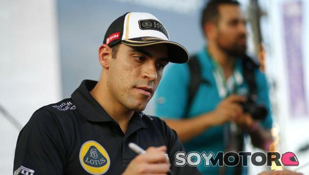 Maldonado durante el Gran Premio de Abu Dabi 2015 - SoyMotor