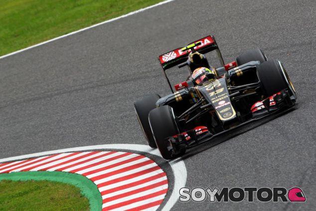 Pastor Maldonado con Lotus en el GP de Japón de 2015 - SoyMotor