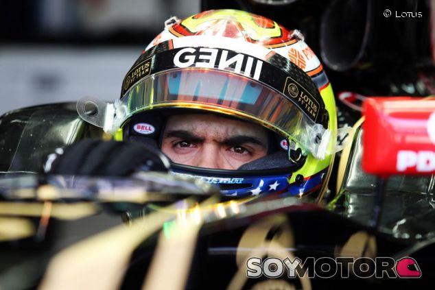 Pastor Maldonado subido al E23 en Malasia - LaF1.es