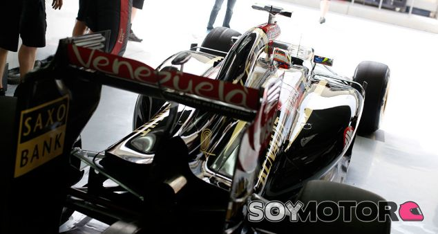 Maldonado sufre con el motor Renault en el test de Baréin - LaF1