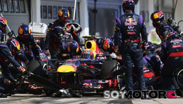 Pit stop de Mark Webber en el GP de Hungría F1 2013 - LaF1