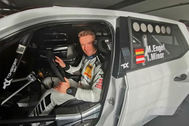 Maro Engel se invita al Rally de Monza - SoyMotor.com
