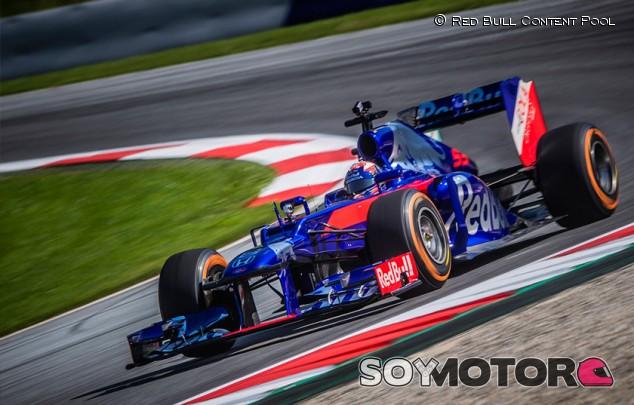 """Márquez 'reta' a Hamilton: """"Cara a cara, primero F1 y después moto"""" - SoyMotor.com"""