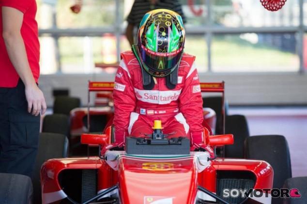 La Ferrari Driver Academy quiere fichar mujeres piloto en el futuro - SoyMotor.com