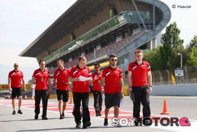 Track-walk de Will Stevens en el Gran Premio de España - LaF1