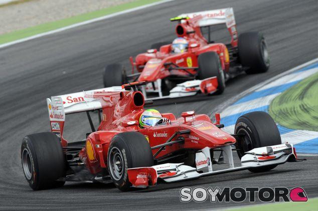 Felipe Massa junto a Fernando Alonso en Alemania 2010 - LaF1