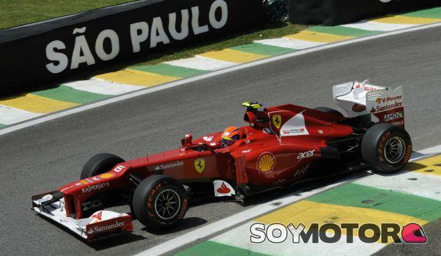 Felipe Massa con el F2012 en el GP de Brasil F1 2012 - LaF1
