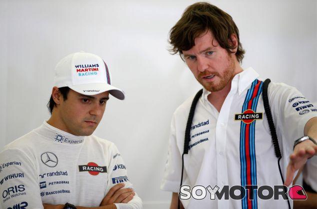 Rob Smedley junto a Felipe Massa - LaF1