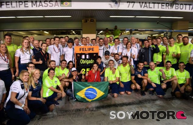 Foto de despedida de Massa con Williams - SoyMotor