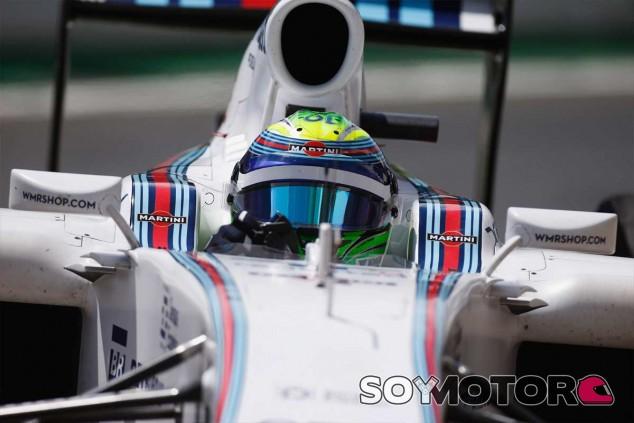Felipe Massa a los mandos de su FW36 - LaF1