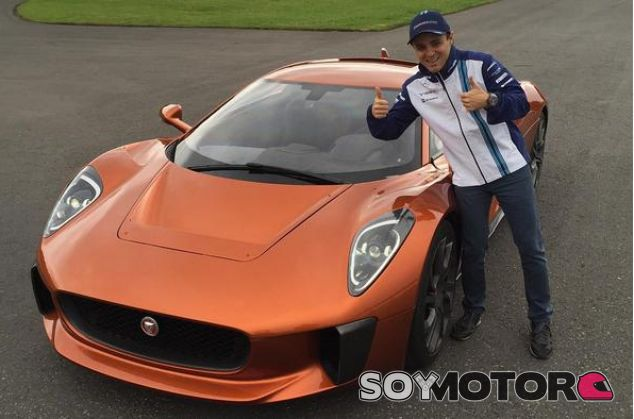 Massa probó en exclusiva el Jaguar C-X75 -SoyMotor