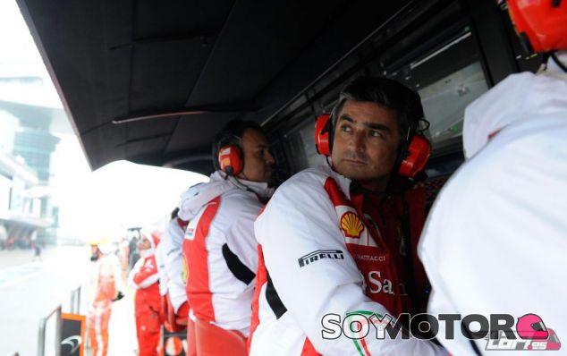 Marco Mattiacci en el Pit-Wall de Ferrari - LaF1