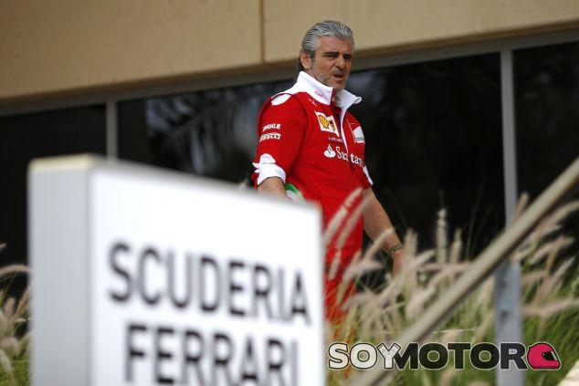 Maurizio Arrivabene en Baréin - LaF1