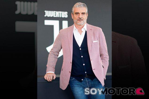 https://soymotor.com/sites/default/files/styles/large/public/imagenes/noticia/maurizio-arrivabene-juventus-ferrari-2018-f1-soymotor.jpg
