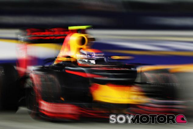 Max Verstappen durante la carrera en Singapur - LaF1