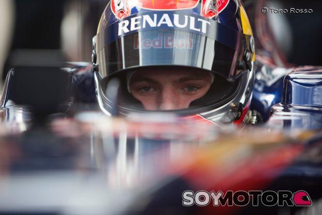 Max Verstappen en una exhibición, en Róterdam - LaF1