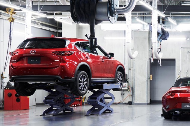 Mazda desinfectará gratis los vehículos de los sanitarios - SoyMotor.com