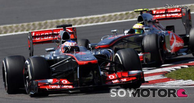Jenson Button y Sergio Pérez