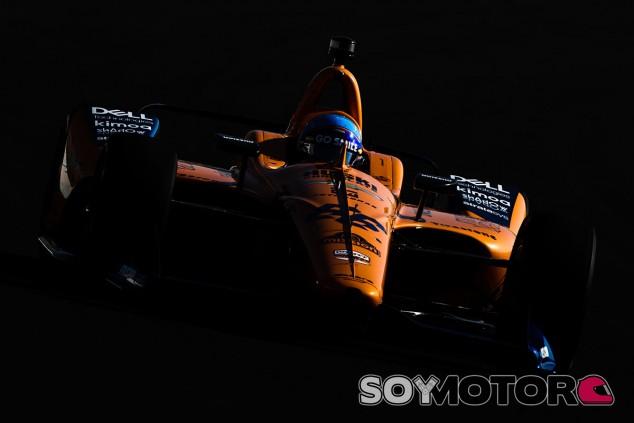 """Alonso: """"He intentado todo, con subviraje y el coche roto no he levantado"""" - SoyMotor.com"""