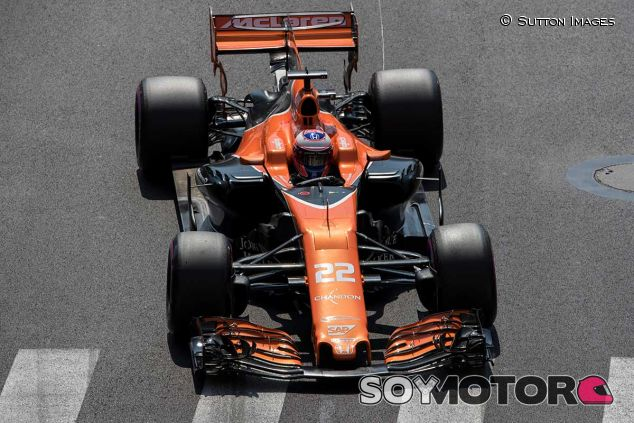 Jenson Button durante la clasificación en Mónaco - SoyMotor.com