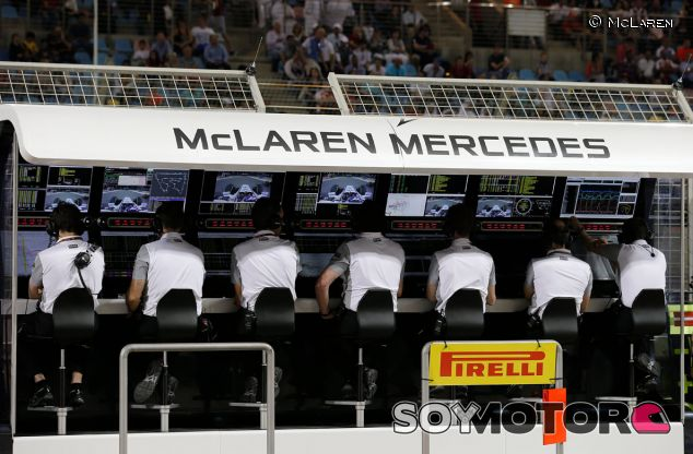 Pit Wall de McLaren en Baréin - LaF1