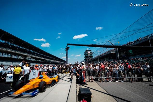 Correr en IndyCar aportará recursos a McLaren en F1, según Brown - SoyMotor.com