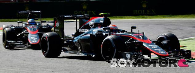 Fernando Alonso y Jenson Button en Italia - LaF1