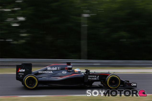 McLaren se quedó sin vacaciones en Navidades para ponerse al día con el MP4-31 - LaF1