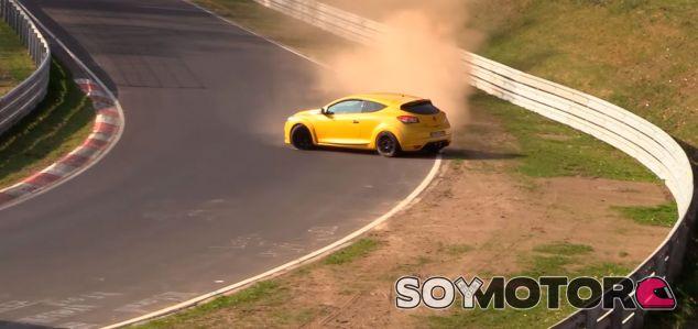 Un Mégane RS y Nürburgring: baile ajustado - SoyMotor.com
