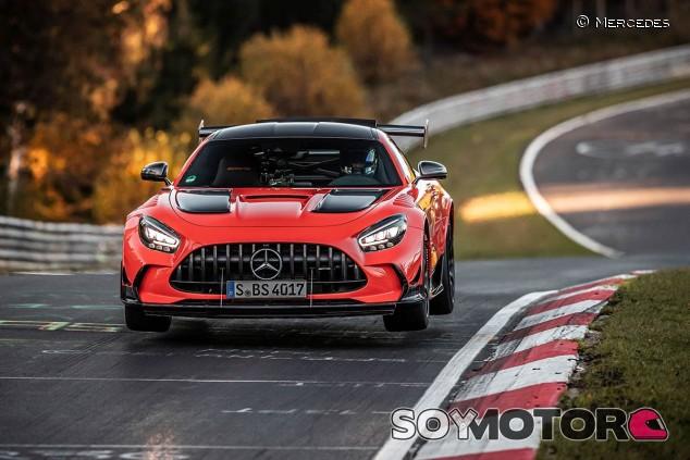 Mercedes-AMG GT Black Series en el Nordschleife - SoyMotor.com