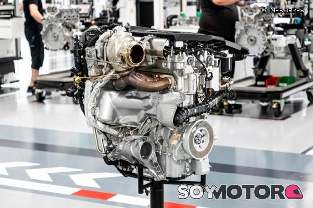 Mercedes-AMG: su nuevo cuatro cilindros llega a ¡421 caballos! - SoyMotor.com