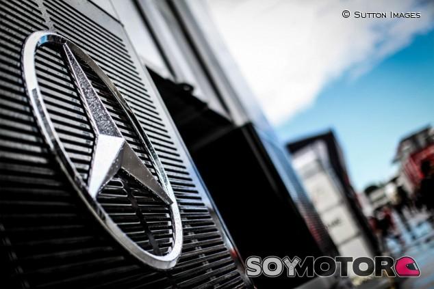 Penske niega que esté interesado en comprar Mercedes - SoyMotor.com